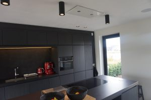 Kitchen black oak 4