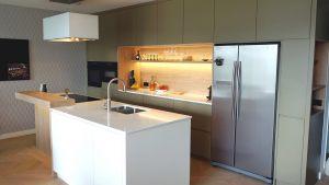 Kitchen_green_custom_made