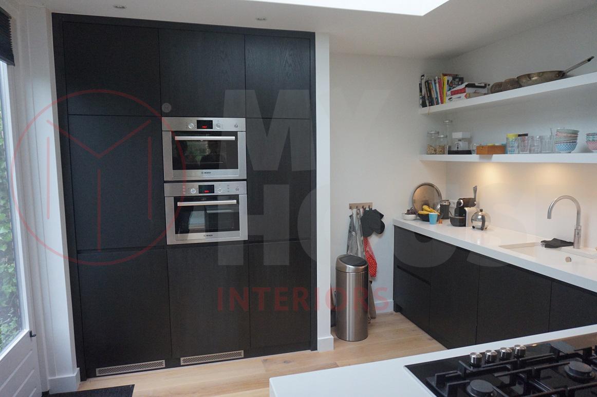 Modern Zwart Keuken : Keuken op maat modern zwart eiken